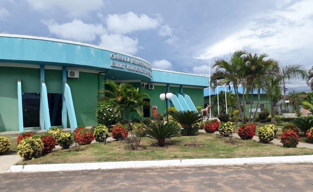 Câmara de Guaraí estuda projetos que beneficiam associação esportiva e Hospital de Amor