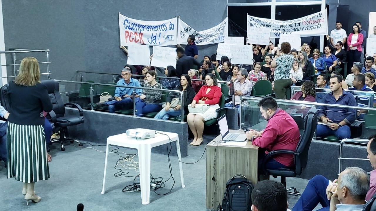 SINTET entra na Justiça pedindo antecipação de legalidade de greve da educação em Guaraí