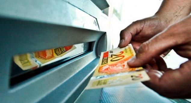 Idosa pede ajuda para sacar aposentadoria e acaba furtada em agência bancária de Guaraí
