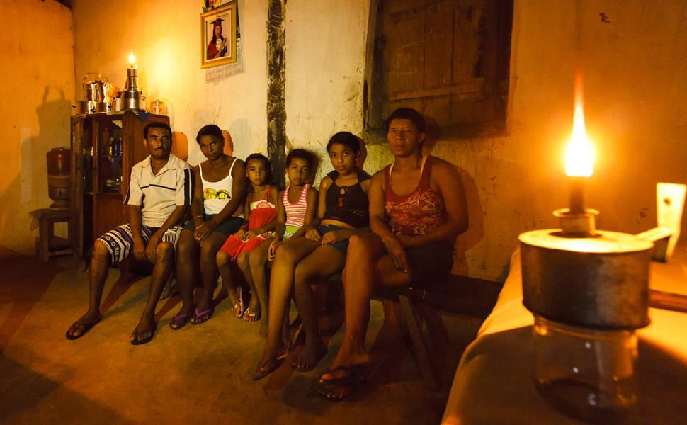 """Polícia Civil alerta sobre golpe do """"Luz Para Todos"""", que já fez várias vítimas no Estado"""