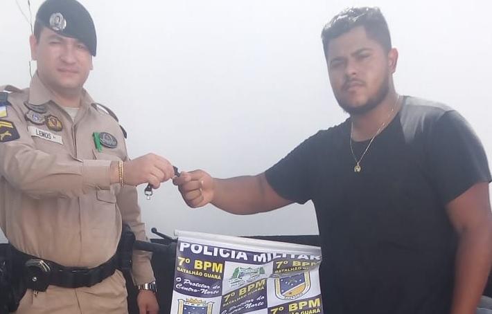 Moto furtada no início de fevereiro em Guaraí é recuperada pela PM; receptador foi preso