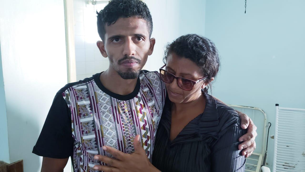 Foto: Guaraí Notícias - O rapaz acabou sendo resgatado com a ajuda da própria mãe, que veio do Maranhão nesta madrugada para ajudar nas buscas.