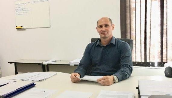Adriano Carrasco é o novo personagem de campanha sindical que aborda desafios da profissão