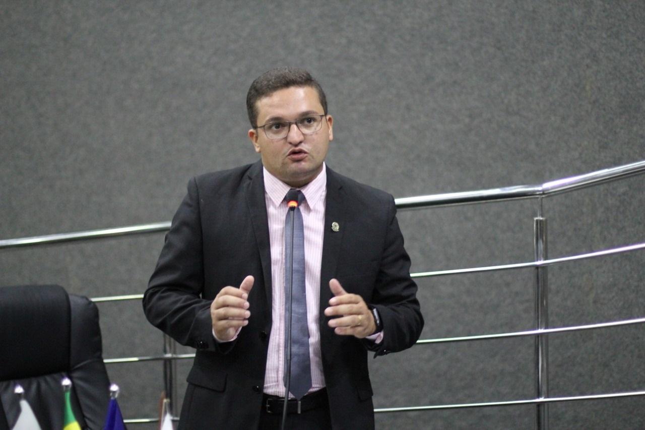 Presidente da Câmara de Guaraí anuncia estudo para realização de concurso público