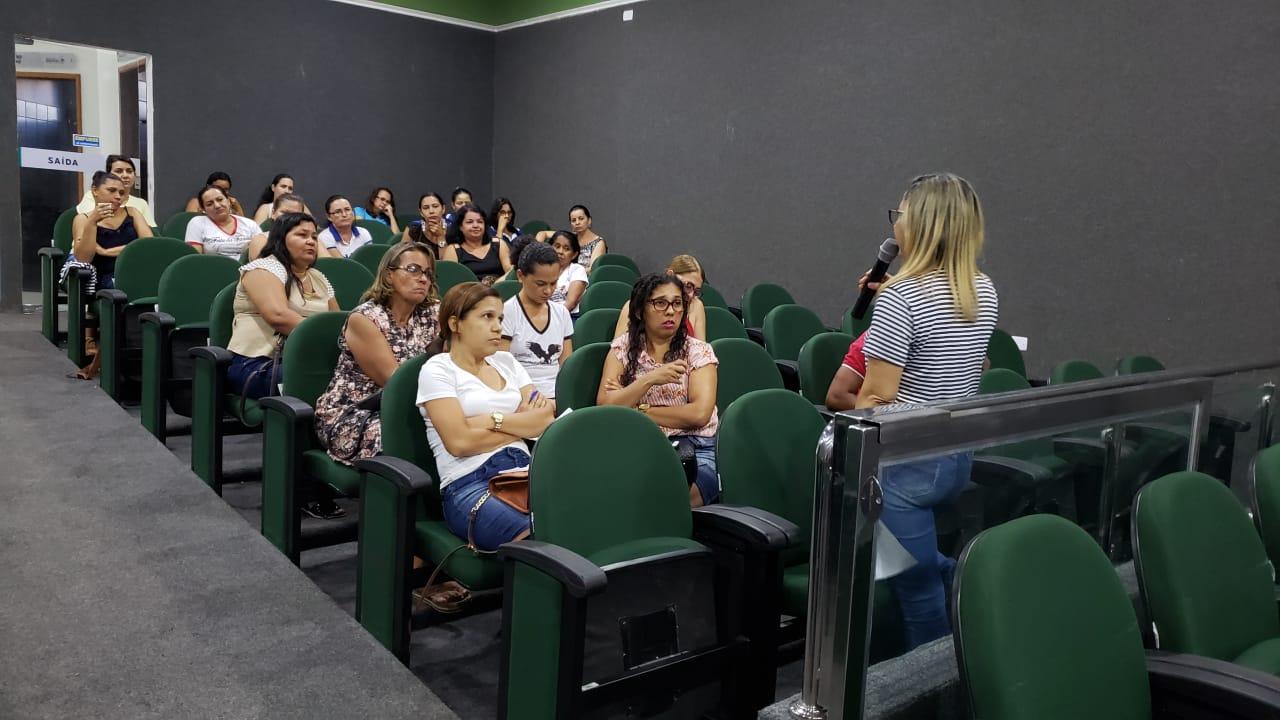 Com baixa presença, educadores de Guaraí voltam a debater pauta de reivindicações