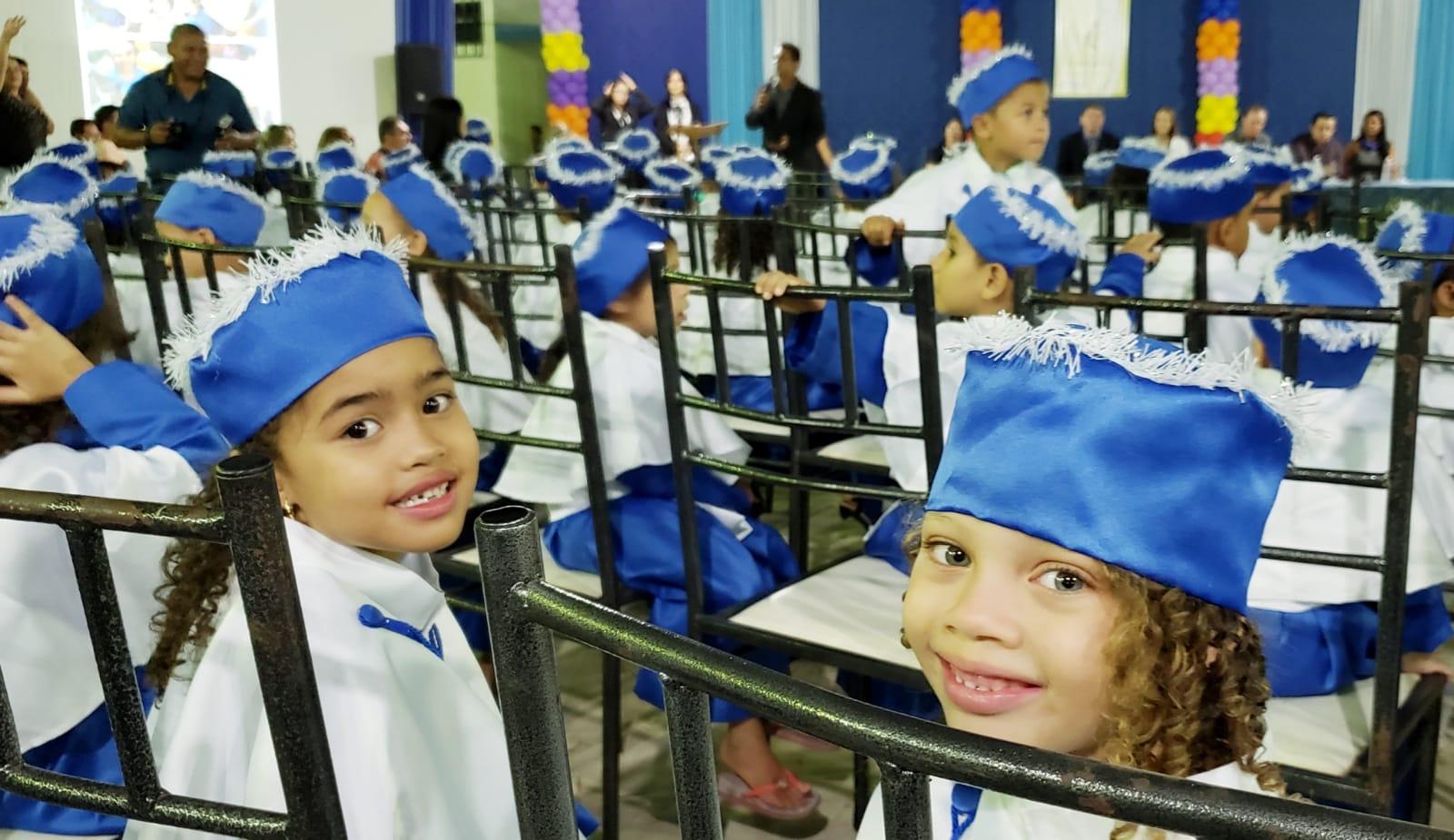 Cerca de 270 crianças participam de formatura da rede pré-escolar municipal em Guaraí