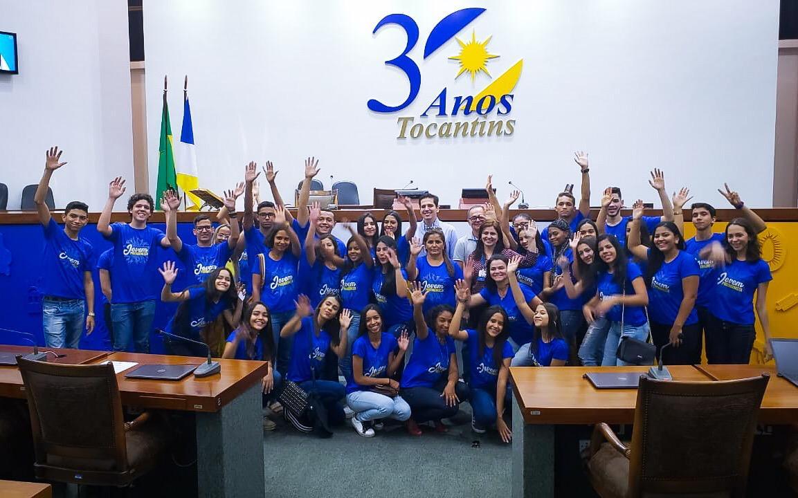 """""""Jovens Protagonistas"""" do CEMOT participam de passeio cultural na capital do Tocantins"""