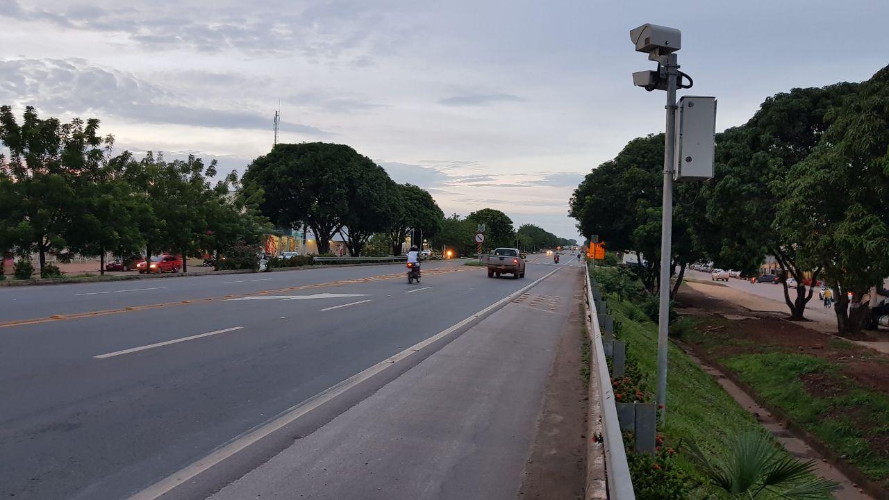 Agência de Metrologia verifica funcionamento de radares instalados na BR-153 em Guaraí