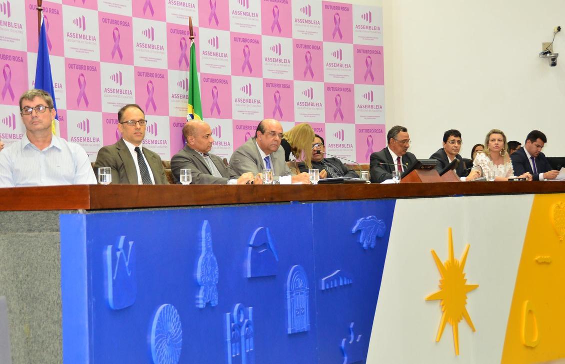 Deputados solicitam fiscalização e controle de preços da BRK durante audiência pública