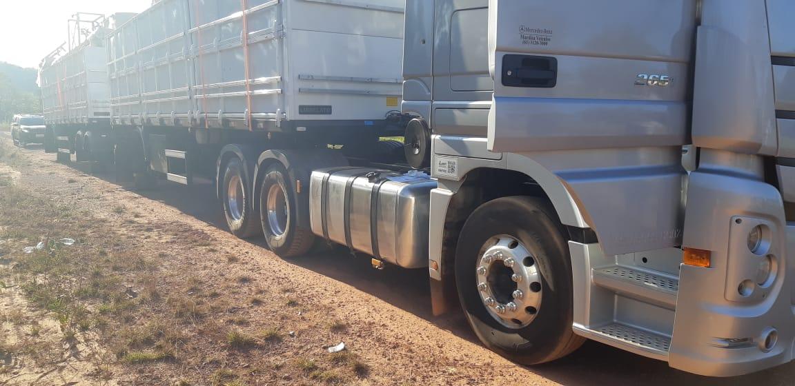 Bitrem que estava estacionado em Guaraí tem 27 rodas roubadas durante ataque de quadrilha