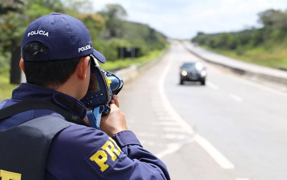 Uso de radares móveis em rodovias federais é suspenso para revisão de regulamentações