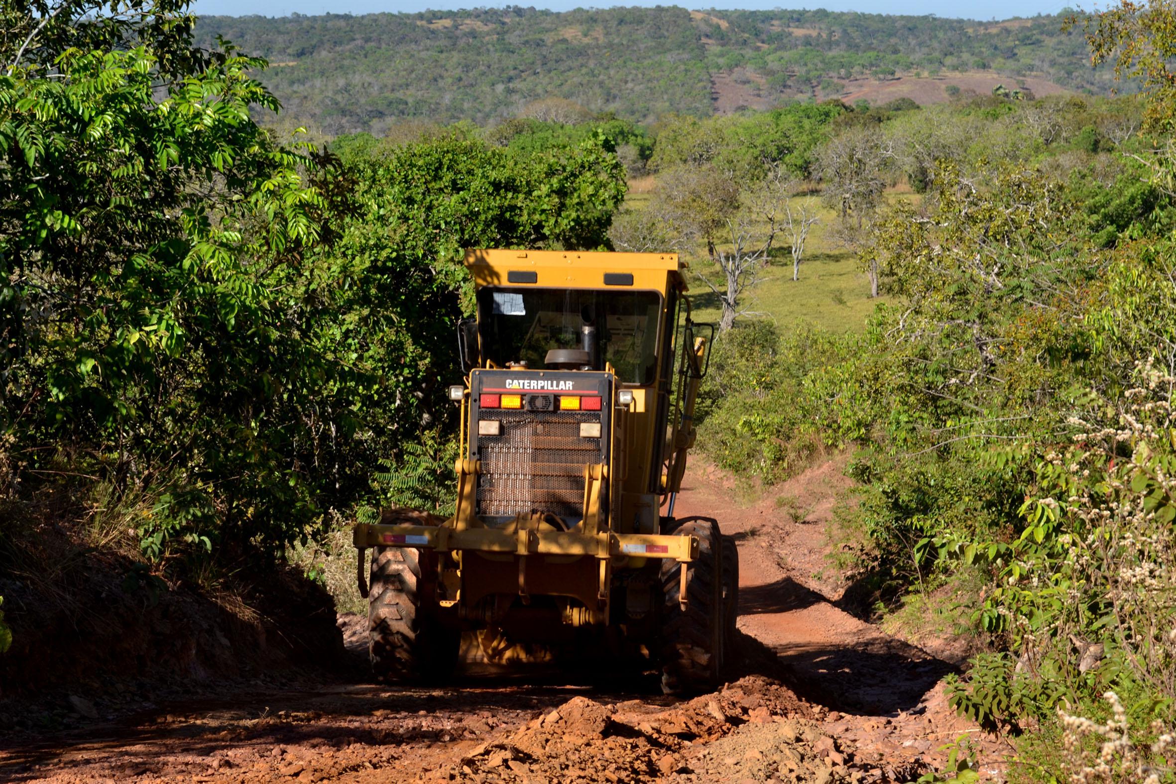 Estradas rurais de Guaraí recebem ações de manutenção para escoamento da produção agrícola