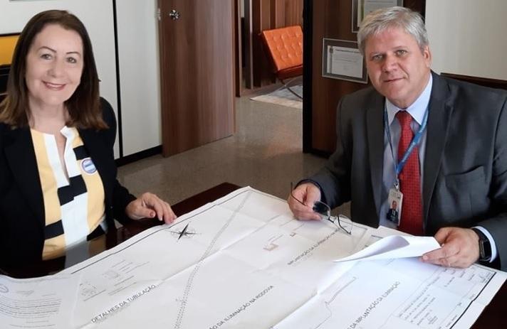 Em Brasília, prefeita Lires reforça pedido de recursos para pontes, UFNT e iluminação da BR-153