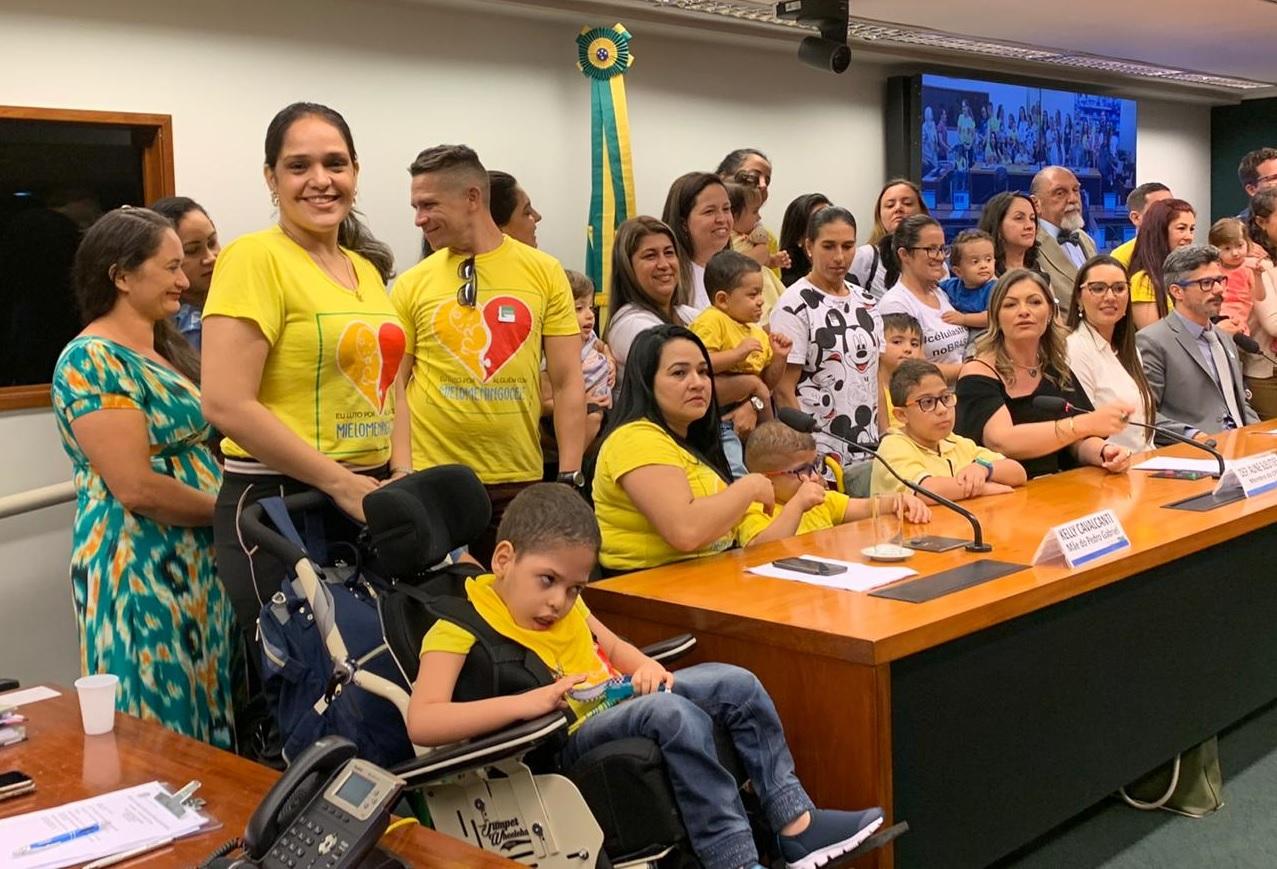 Mãe guaraiense participa de debate sobre Mielomeningocele na Câmara dos Deputados