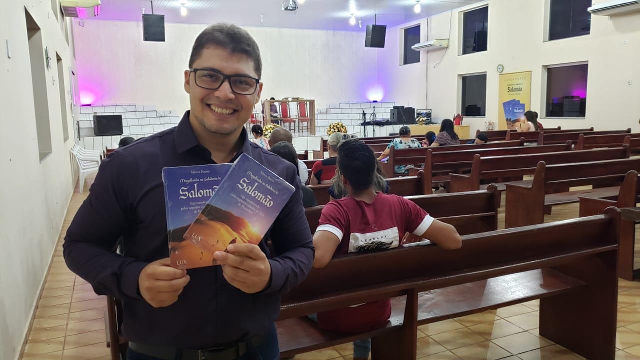 Inspirado no Rei Salomão, pastor lança livro em Guaraí com reflexões sobre a sabedoria