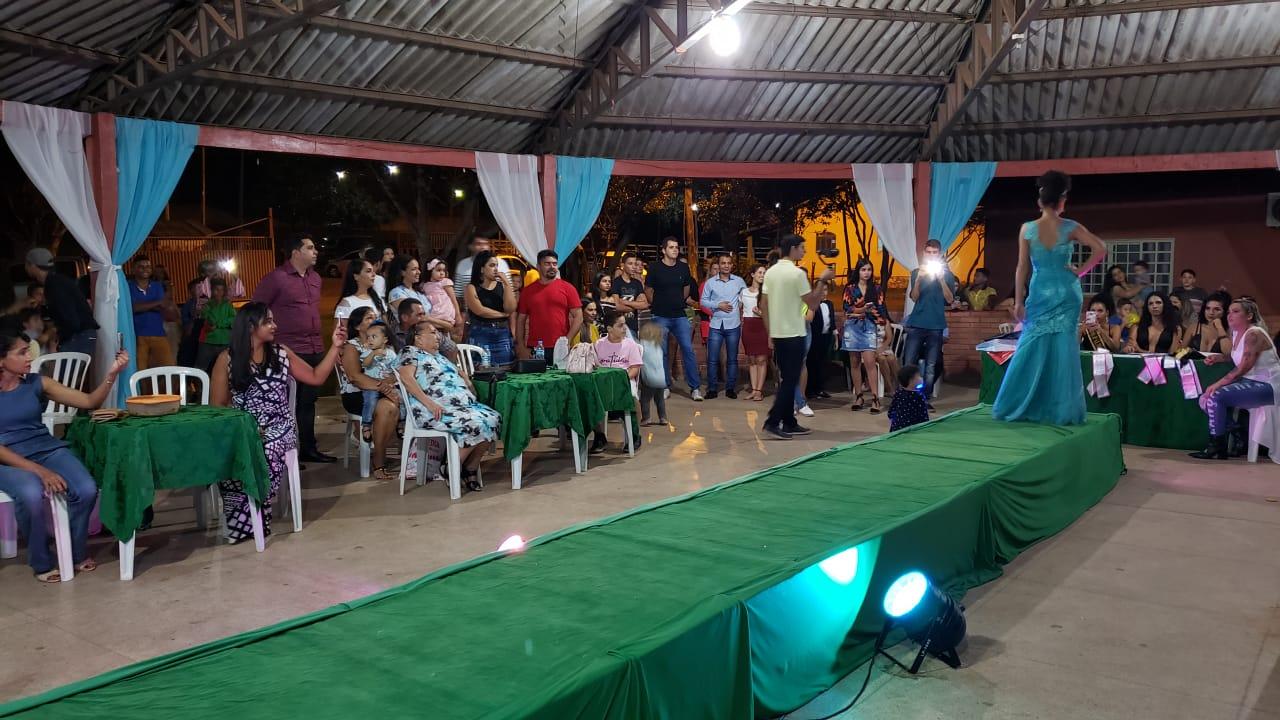 Após desfile, jurados definem os vencedores do concurso Miss e Mister Infantil de Guaraí